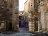 verwinkelte mittelalterliche Gassen in Perugia
