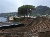 Antikes Theater auf dem Burgberg