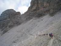 Bergpfad zur Drei-Zinnen-Hütte