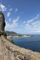 Blick vom Castello Aragonese auf Ischia Ponte