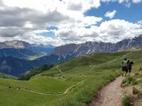 Wandern in Südtirol (Italien) – Dolomiten Wanderreise in Sterzing Astjoch – Sellajoch – Seiser Alm – Gemeinschaftsalm Fane – Burkhardtsklamm – Ratschinger Almenweg – Tatschsp (105)