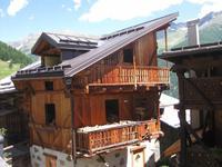 Holzlager in Peio -ein ganzes Haus