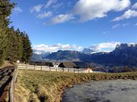 Blick vom Ritten zu den Dolomiten