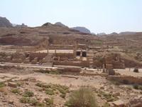 Blick auf den großen Tempel von