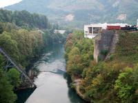 Jablanica, Gedenkstätte an der Neretva