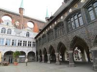 Lübeck, am Rathaus