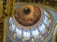 23 in der Isaak-Kathedrale