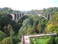 Blick zur Adolphe-Brücke