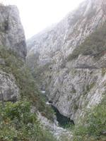 Fahrt durch den Moraca-Canyon von Podgorica nach Kolasin
