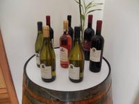 Dort konnten wir verschiedene maltesische Weine und den Johannisbrotlikör kosten.
