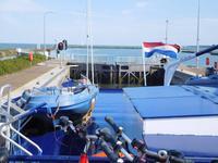 Auf dem Weg nach Texel – In der Schleuse