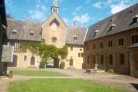 Erster Hof, Abtei Orval