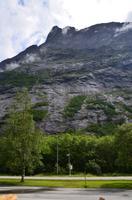 222 Romsdal, Romsdalhorn