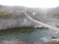 Hängebrücke über den Repparfjordelv