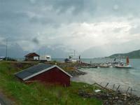 Lyngner Fjord, Spakenes