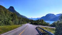 156 Lynger Fjord mit Lynger Alpen
