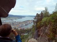 Fahrt mit der Fløybahn hinab nach Bergen