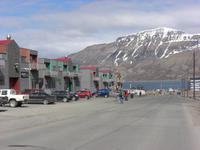 Longyearbyen - eine der beiden Haupstrassen