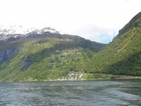 Fahrt auf dem Geirangerfjord (Blick zur Adlerstrasse)
