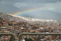Regenbogen über Cuzco