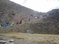 Führung in der Tempelanlage von Ollantaytambo