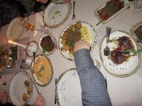 060 Landestypisches Abendessen