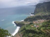 Die Küste bei Faial