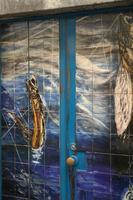 auf Madeira sind maritime Motive häufig auf Eingangstüren zu entdecken