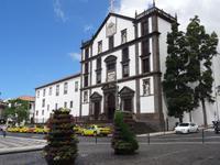 Funchal - Jesuitenkirche am Praca do Municipio gegenüber dem Rathaus