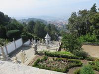 Treppenanlage von Bom Jesus mit Blick auf Braga
