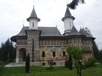 2004 gebaute Kirche des Priesterseminars neben Männerkloster Neamt