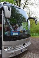 Unser Weltmeisterbus, bewacht von Teddy