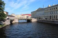 Blick auf eine von über 500 Brücken in St. Petersburg