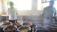 Mittagessen auf La Digue