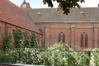 Rosengarten des Klosters