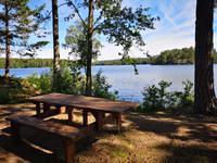 2320 Kurzer Kaffeestop am Långsjöns See