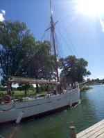 Ein Schiff in Goettakanal