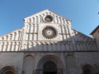 Fassade der Kathedrale Zadar