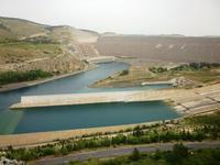 Staudamm des Atatürk-Stausees