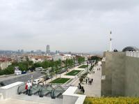 vor der Moschee - Rolltreppen