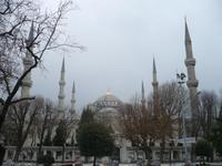 sechs Minaretten sind das Zeichen der Blauen Moschee