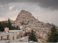Ortahisar - Blick auf Felsfestung und Stadt vor dem nahenden Regen