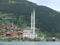 Die Moschee von Uzungöl