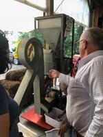 Sanford - Red Hill Groves Pekannus-Maschine