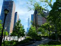 Battery Park mit Blick auf das One Trade Center