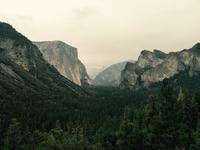 Yosemite Valley - Blick zum El Capitan und Half Dome