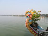 Drachenboot auf dem Fluss der Wohlgerüche