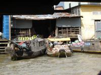 147 Schwimmender Markt